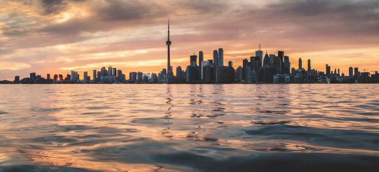 Toronto skyline - movers Oshawa