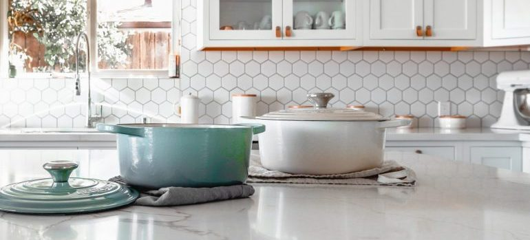 pots on a kitchen counter